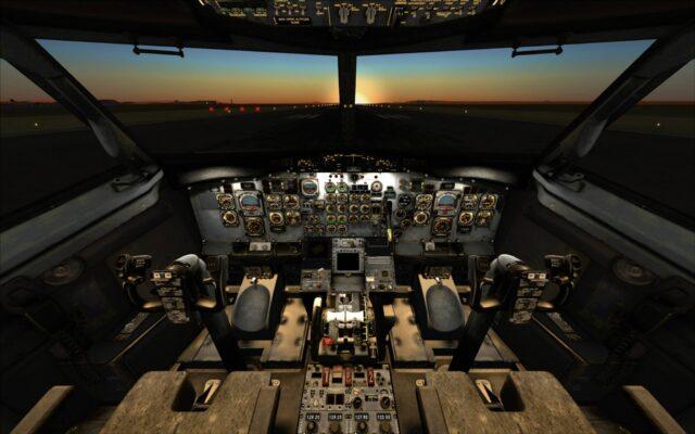 MilViz_737-200_VC_night