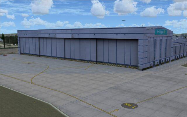 Aer Lingus hangar on north apron