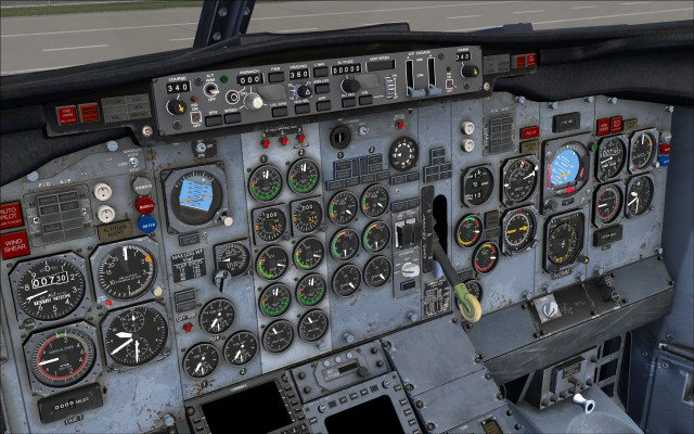 Instrument panel outfitted with Sperry 177 MCP